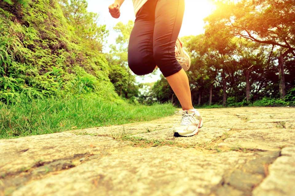 doorlopend-beter_cor-knipmeyer_chi-running-walking_loopcoach_hardlopen-vrouw2