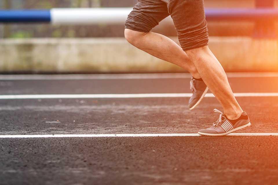 doorlopend-beter_cor-knipmeyer_chi-running-walking_loopcoach_hardlopen-man-03