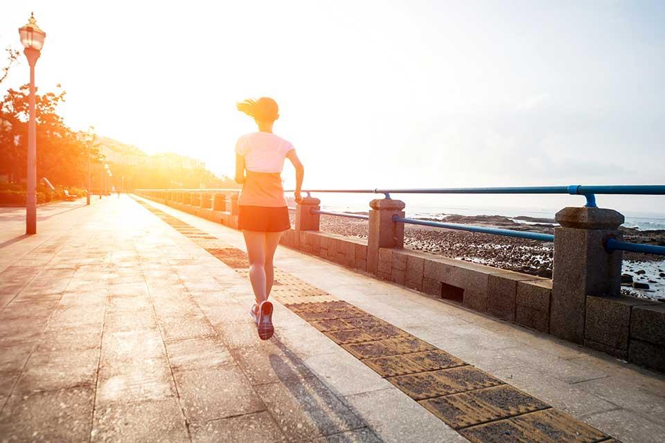 doorlopend-beter_cor-knipmeyer_chi-running-walking_loopcoach_hardlopen-vrouw-03